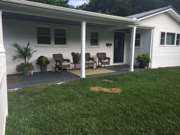 220 Mineral St, Bluefield, WV 24701 | Zillow