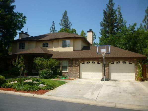 2208 E Poppy Hills Dr, Fresno, CA 93730