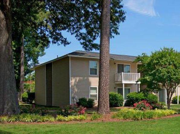 Preston Trails West Apartments