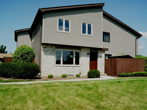 new lenox il townhomes townhouses for sale 3 homes zillow. Black Bedroom Furniture Sets. Home Design Ideas