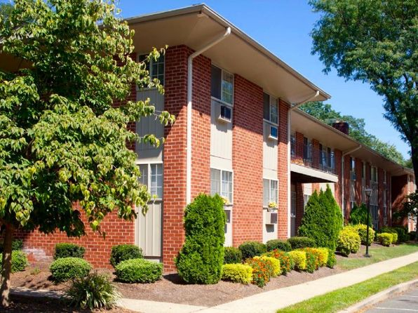 brookfield gardens ewing nj. Ewing Nj Pet Friendly Apartments Houses 19 Als Brookfield Gardens