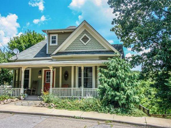 Fantastic Asheville Nc Duplex Triplex Homes For Sale 16 Homes Zillow Interior Design Ideas Clesiryabchikinfo