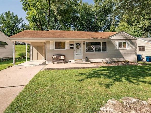 Stupendous Waterfront Mo Real Estate Missouri Homes For Sale Zillow Home Interior And Landscaping Palasignezvosmurscom