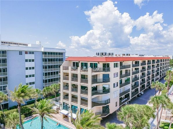 Vacation Rental Siesta Key Real Estate 14 Homes For Sale Zillow