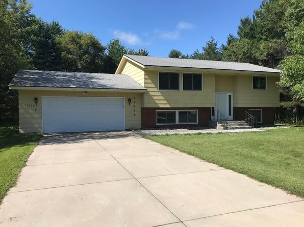 Outstanding Houses For Rent In Anoka County Mn 86 Homes Zillow Home Interior And Landscaping Ologienasavecom