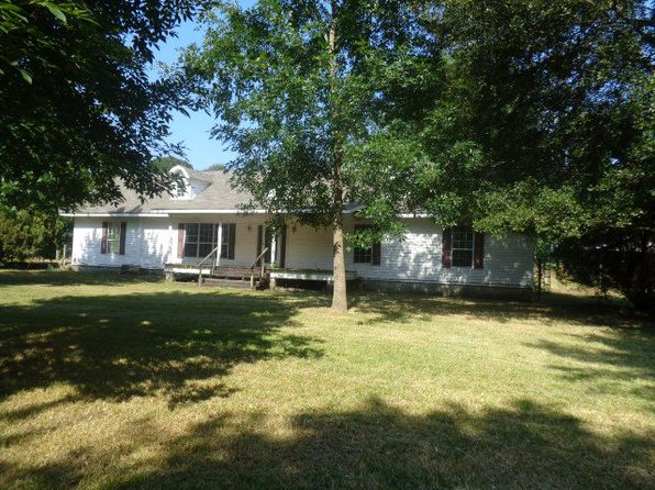 6 bed 4 bath Single Family at 8530 S Co Rd Cottonwood, AL, 36320 is for sale at 200k - 1 of 38