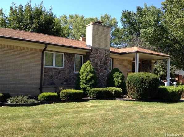 3 bed 2 bath Single Family at 2899 Harrison Ave Trenton, MI, 48183 is for sale at 190k - 1 of 50