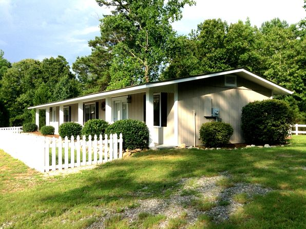 2 bed 2 bath Single Family at 341 Lakeview Dr Eclectic, AL, 36024 is for sale at 125k - 1 of 5
