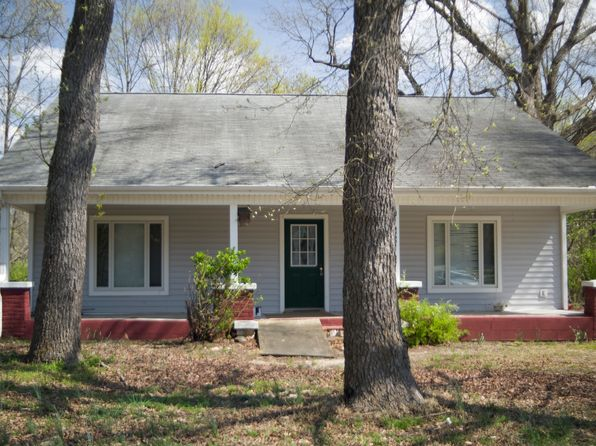 4 bed 2 bath Single Family at 3909 SE School Rd Greensboro, NC, 27406 is for sale at 350k - 1 of 14