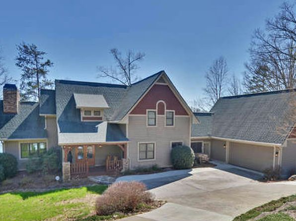 6 bed 5 bath Single Family at 193 Lakeshore Dr Hayesville, NC, 28904 is for sale at 1.05m - 1 of 24