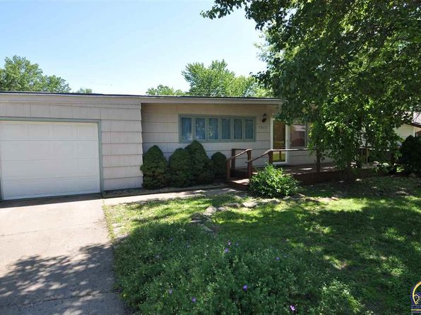 3 bed 1 bath Single Family at 1917 SW Harp Pl Topeka, KS, 66611 is for sale at 59k - 1 of 20