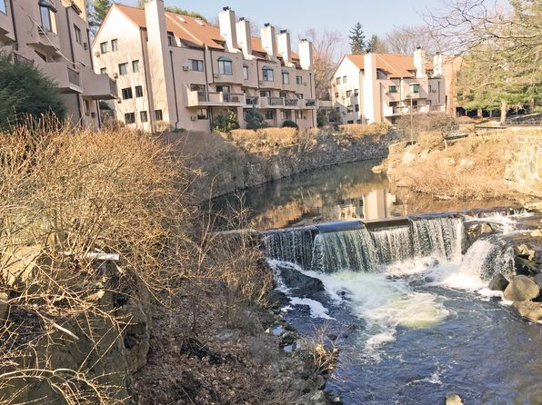 2 bed 2 bath Condo at 109 River Run Greenwich, CT, 06831 is for sale at 499k - 1 of 10