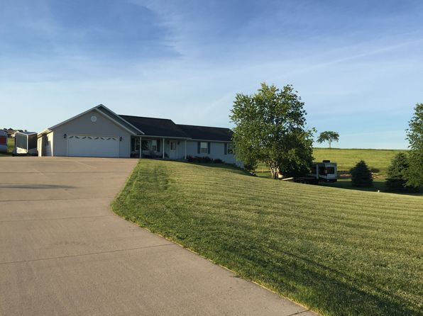 3 bed 1 bath Single Family at W4730 Burkhalter Rd Monroe, WI, 53566 is for sale at 255k - 1 of 23