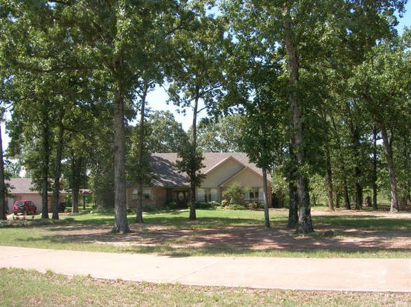 5 bed 3 bath Single Family at 435 B and B Ln Hallsville, TX, 75650 is for sale at 286k - 1 of 16