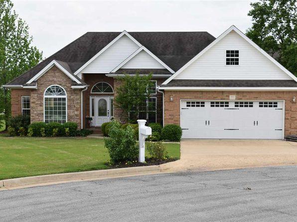 Open Floor Plan - Jonesboro Real Estate - Jonesboro AR Homes ... on townhouse open floor design, townhouse patios, townhouse flooring,