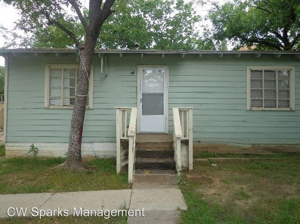 Houses For Rent In Dallas Tx 830 Homes Zillow