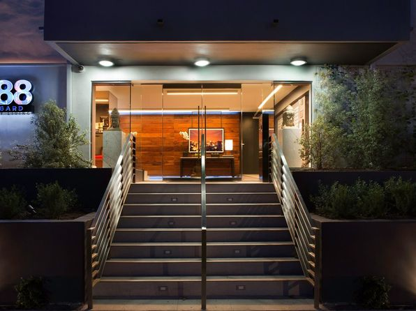 Los angeles ca luxury homes for sale 4 514 homes zillow for Luxury homes for sale in los angeles california