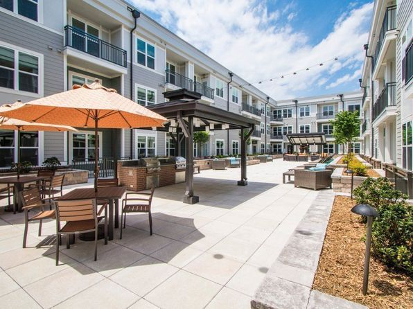 1 Bedroom Apartments In Charlotte Nc Under 500 Colonial Grand At Legacy Park Apartments In