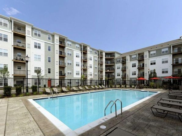 Attractive Mission Place Apartments