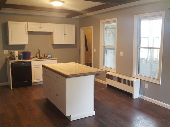 APT: 3 Bed 2 Bath - Royal Worcester in Worcester, MA | Zillow