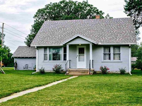 newton real estate newton ks homes for sale zillow