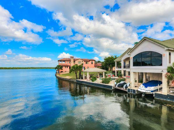 lake lbj views horseshoe bay real estate horseshoe bay tx homes for sale zillow. Black Bedroom Furniture Sets. Home Design Ideas