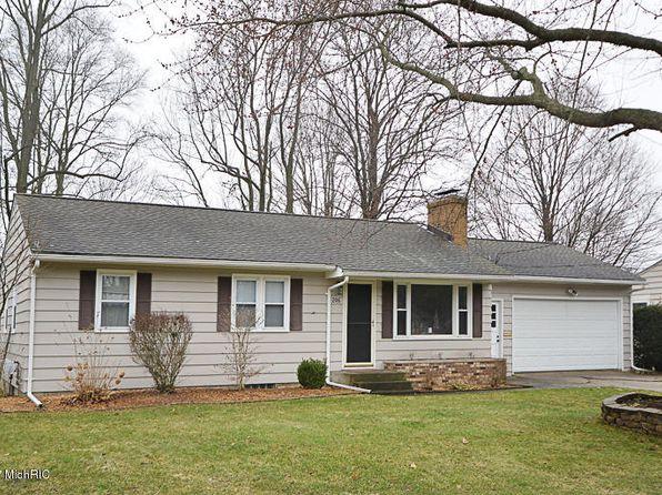Stone Fireplace - Kalamazoo Real Estate - Kalamazoo MI Homes For ...
