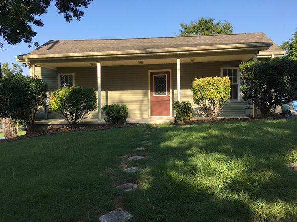 3 bed 1 bath Single Family at 368 Oak St Kingston Springs, TN, 37082 is for sale at 179k - 1 of 6