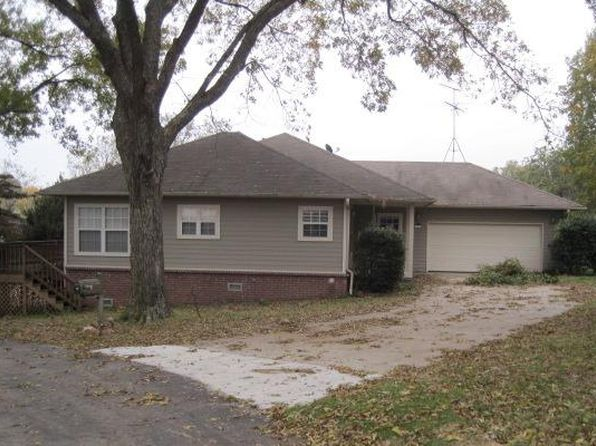 3 bed 2 bath Single Family at 805 Deerwood Cir Grove, OK, 74344 is for sale at 132k - 1 of 28