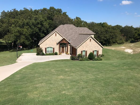 4 bed 4 bath Single Family at 4141 Swan Lake Ct Midlothian, TX, 76065 is for sale at 435k - 1 of 20