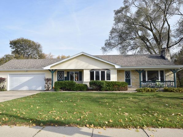 3 bed 3 bath Single Family at 3300 N Mayfair Rd Wauwatosa, WI, 53222 is for sale at 250k - 1 of 25