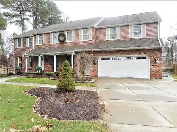 5 bed 4 bath Single Family at 8085 Old Post Rd W East Amherst, NY, 14051 is for sale at 400k - 1 of 15