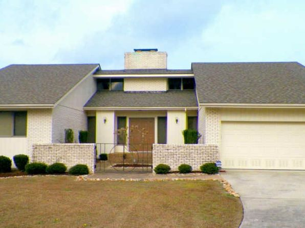 3 bed 2 bath Single Family at 909 Coral Ct New Bern, NC, 28560 is for sale at 360k - 1 of 34