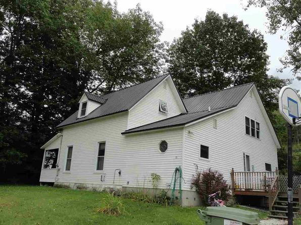 4 bed 2 bath Single Family at 70 Clyde St Newport, VT, 05855 is for sale at 90k - 1 of 17