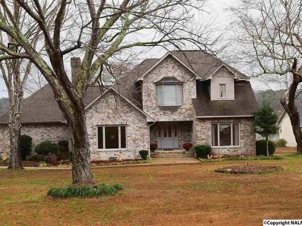 4 bed 3.5 bath Single Family at 434 Riverton Dr Rainbow City, AL, 35906 is for sale at 370k - 1 of 17