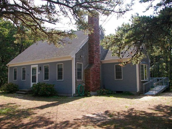 4 bed 2 bath Single Family at 25 PERRY LN EASTHAM, MA, 02642 is for sale at 750k - 1 of 14