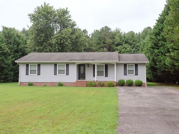 3 bed 2 bath Single Family at 207 Belmont Dr Toano, VA, 23168 is for sale at 200k - 1 of 32