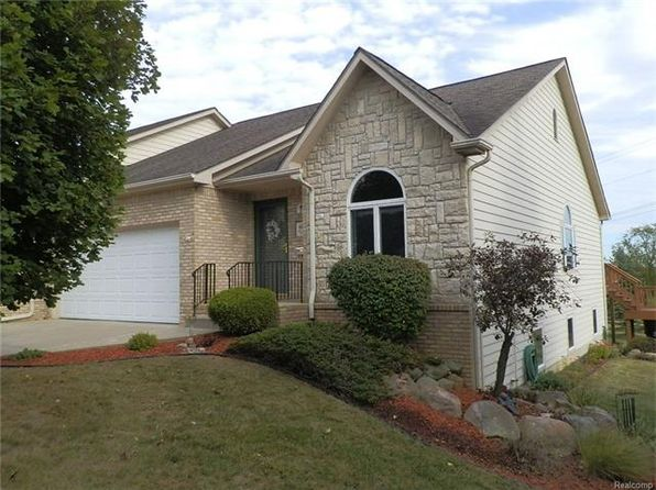 3 bed 3 bath Condo at 6075 Belmont Ct Grand Blanc, MI, 48439 is for sale at 173k - 1 of 51