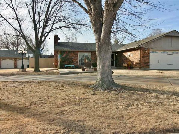 3 bed 3 bath Single Family at 2311 Park Lane Dr Woodward, OK, 73801 is for sale at 230k - 1 of 29