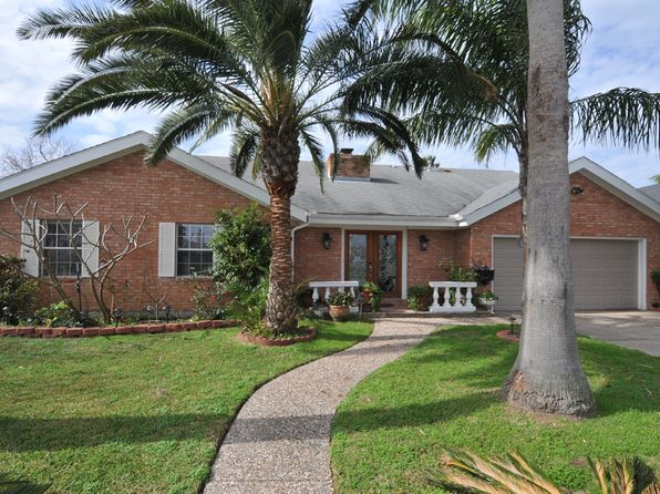 4 bed 3 bath Single Family at 2417 Gerol Dr Galveston, TX, 77551 is for sale at 800k - 1 of 28