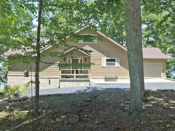 2 bed 3 bath Single Family at 640 ANGEL POINTE WAY DANDRIDGE, TN, 37725 is for sale at 400k - 1 of 36