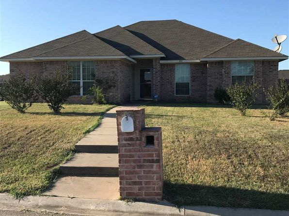 3 bed 2 bath Single Family at 201 Wildcat Dr Waco, TX, 76705 is for sale at 155k - 1 of 8