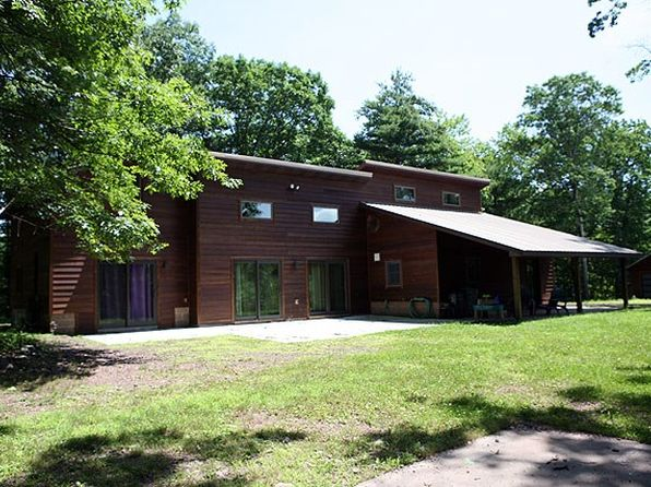 4 bed 3 bath Single Family at 65 Ridge Rd Fremont Center, NY, 12736 is for sale at 499k - 1 of 36