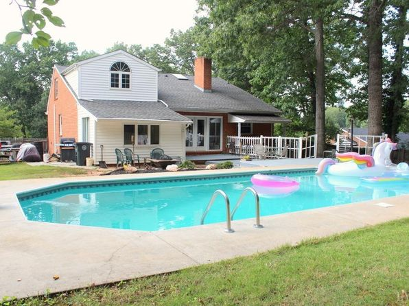 4 bed 3 bath Single Family at 228 Windsor Rd Lynchburg, VA, 24502 is for sale at 200k - 1 of 39