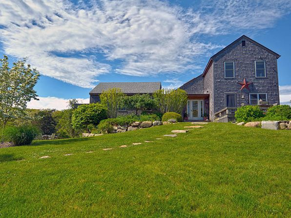 4 bed 5 bath Single Family at 162 GAY HEAD AVE VINEYARD HAVEN, MA, 02568 is for sale at 2.50m - 1 of 29