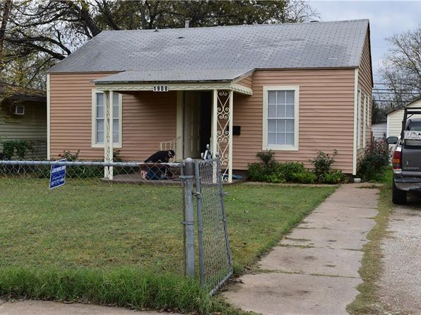 2 bed 2 bath Single Family at 1908 Daniel St Fort Worth, TX, 76104 is for sale at 70k - 1 of 16