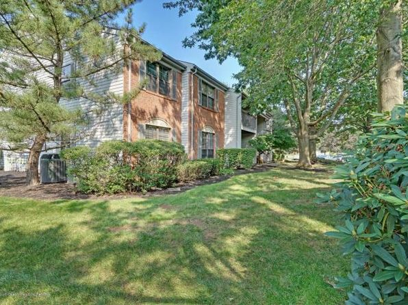 2 bed 2 bath Condo at 1 Crabapple Ln Franklin Park, NJ, 08823 is for sale at 198k - 1 of 21