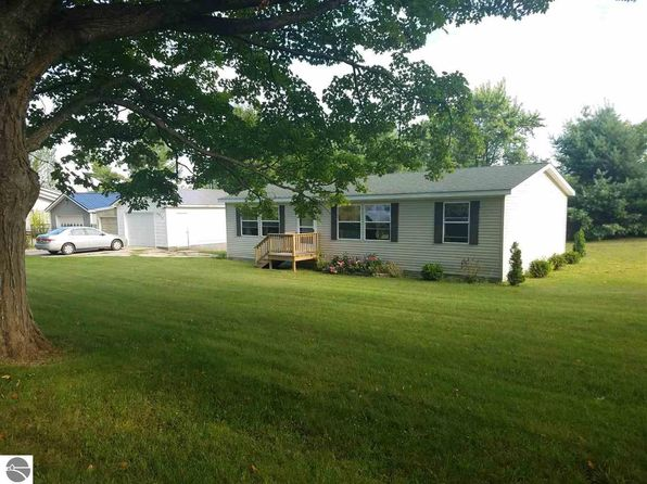 3 bed 2 bath Single Family at 6620 Potter Rd Bear Lake, MI, 49614 is for sale at 80k - 1 of 24