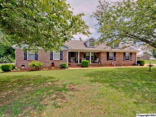 4 bed 3 bath Single Family at 126 Jane Dr Hazel Green, AL, 35750 is for sale at 195k - 1 of 49