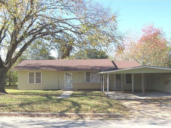 3 bed 2 bath Single Family at 709 Miller St Rockdale, TX, 76567 is for sale at 38k - 1 of 20